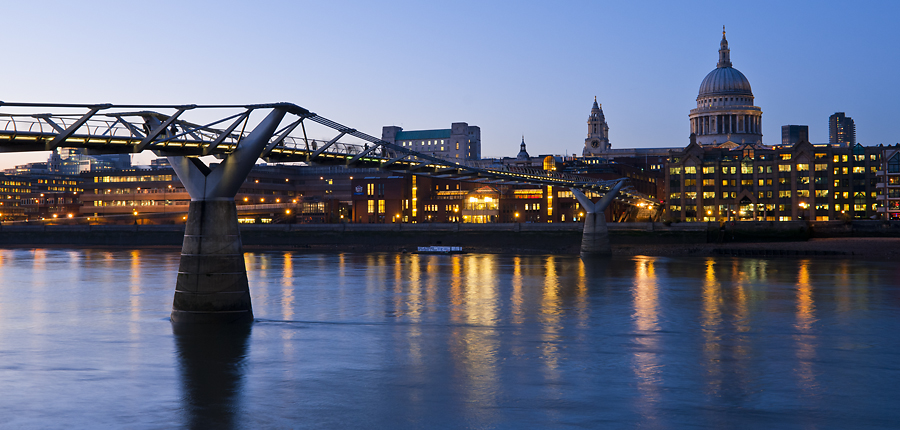 Dusk over Millennium Bridge